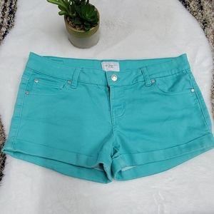 CELEBRITY pink shorts 9 /29